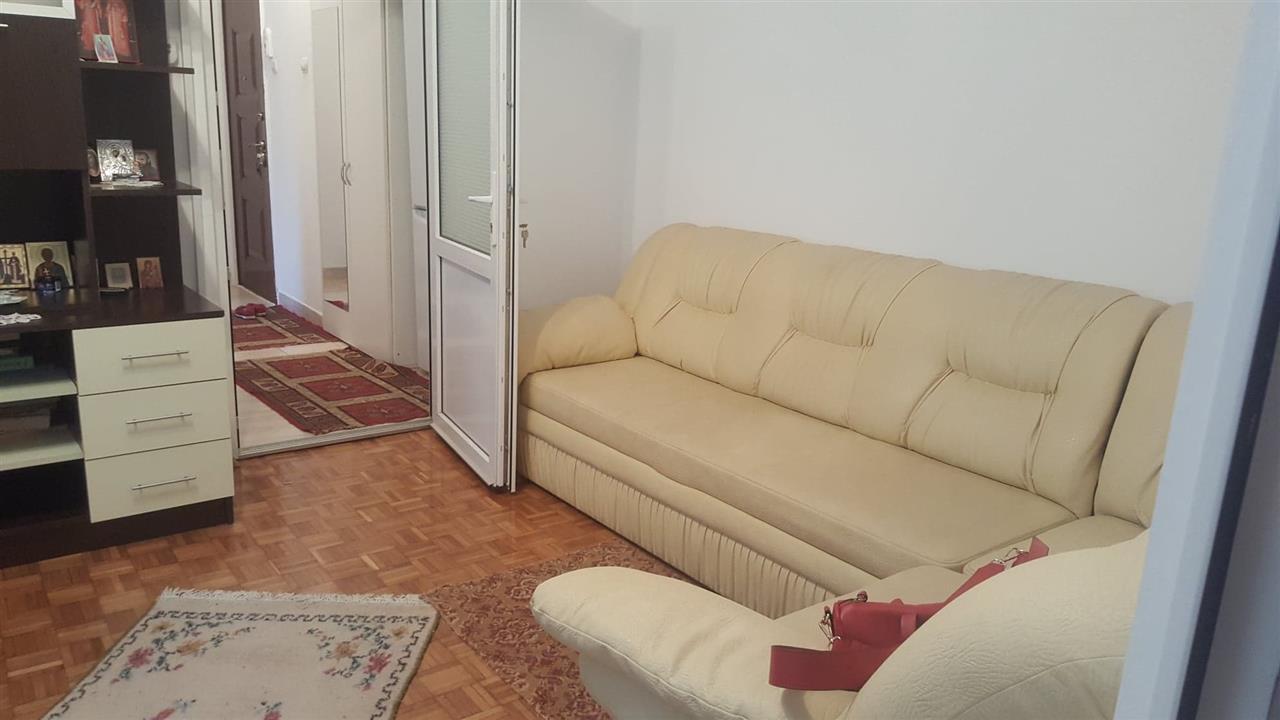 La 3 minute de Palas, apartament 2 camere