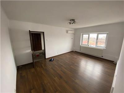 Liber, apartament 2 camere decomandat, 60mp