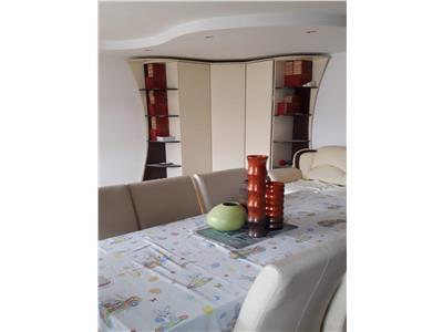 Apartament 3 camere decomandat, 2 bai, Frumoasa