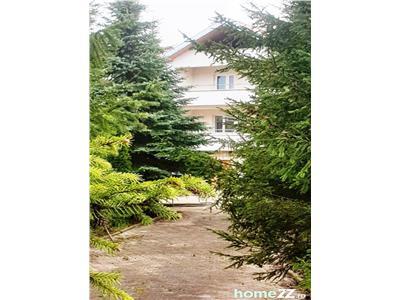 Vila TIP DUPLEX  D+P+1 etaj+M  1540 m2 teren in zona Bucium - Iasi